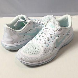 Nike Flex Running Shoes Size 7.5 white Glacier